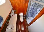 gulet-luce-del-mare-bathroom